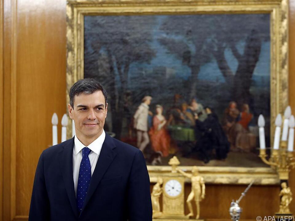 Sanchez sorgte mit Kabinett für Novum