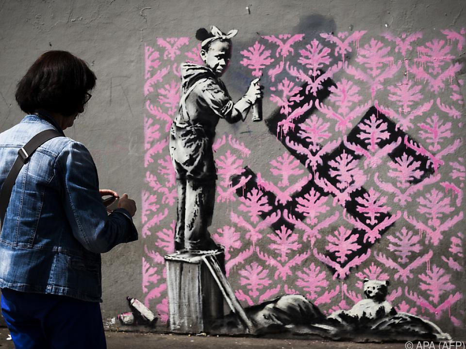 Sechs neue Werke sind über das Wochenende in Paris entstanden