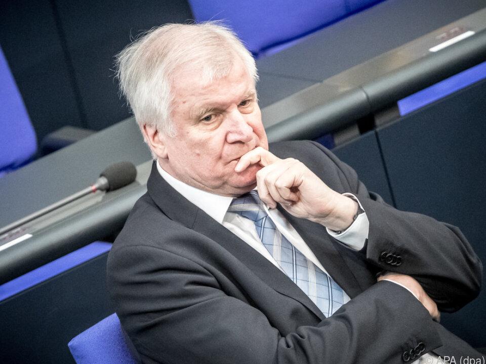 Seehofer weist Eskalations-Vorwürfe zurück