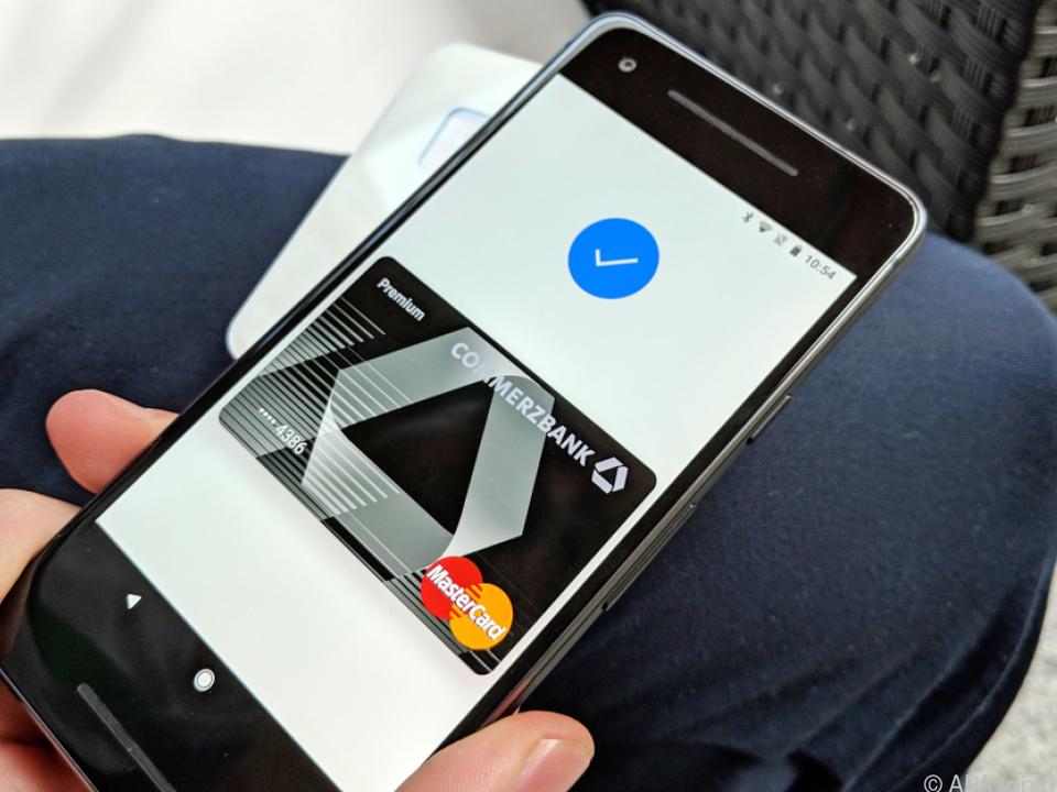 Smartphone statt Kreditkarte