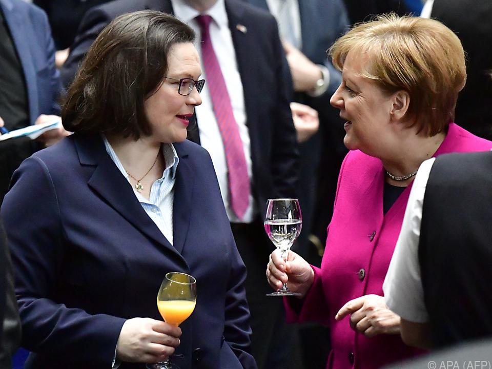 SPD-Chefin Nahles mit Kanzlerin Merkel