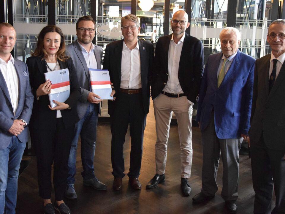 sudtirol-braucht-einen-plan-b-gruppenfoto