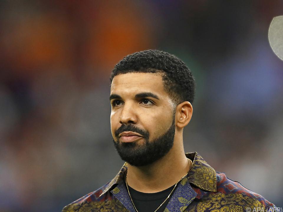 US-Rapper Drake heizt die Gerüchteküche über eine Vaterschaft an