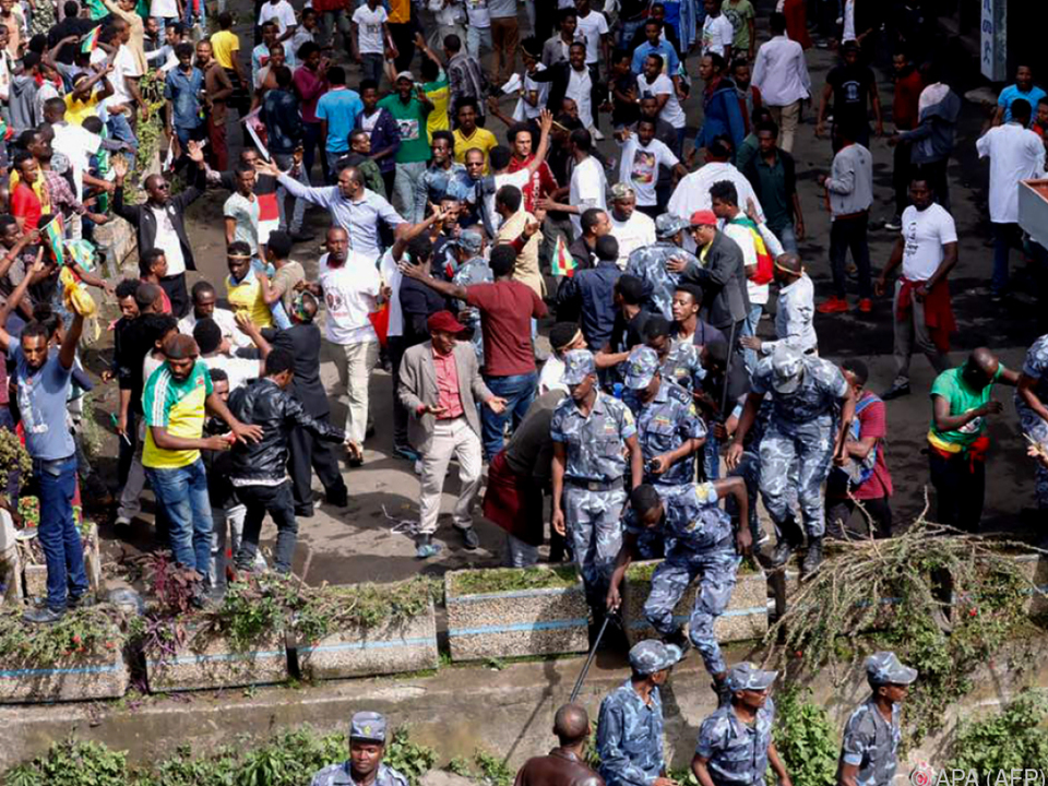 Vorfall ereignete sich während Kundgebung von Regierungschef