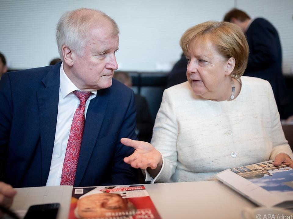 Zwischen Seehofer und Merkel kracht es derzeit gewaltig
