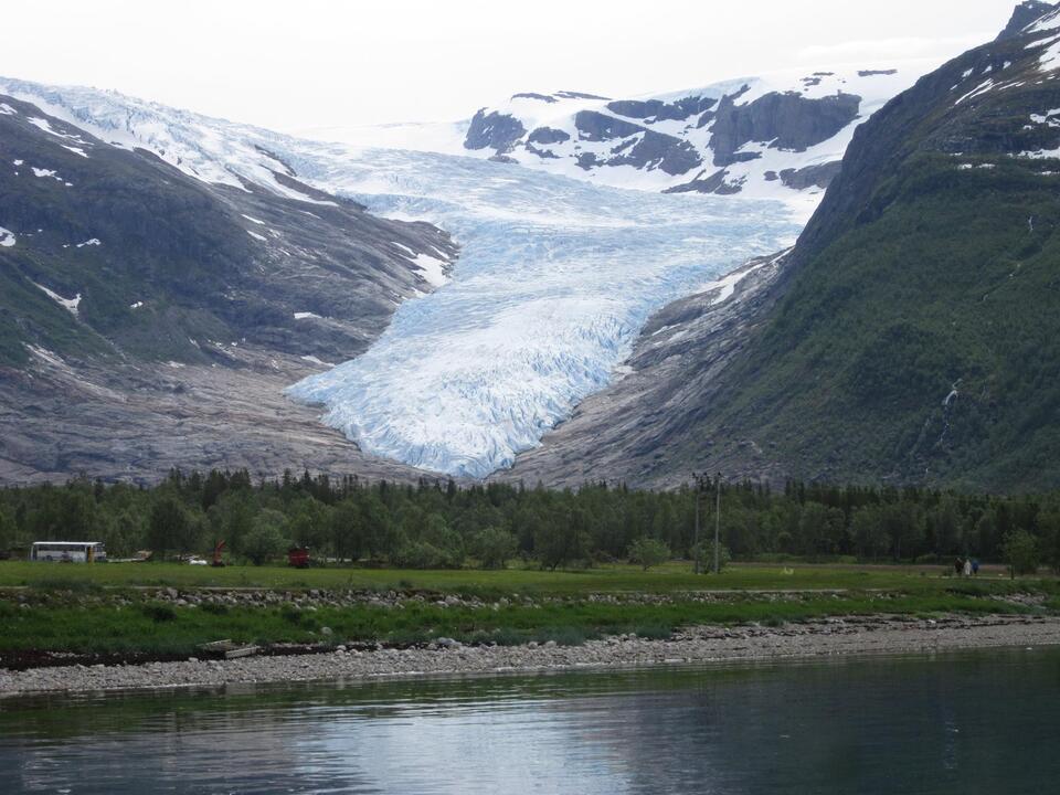 gletscher norwegen svartinsen