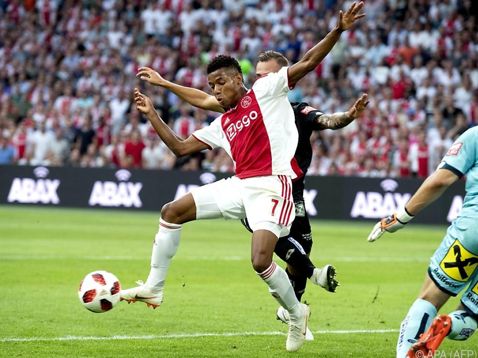 Ajax zeigte Sturm Grenzen auf