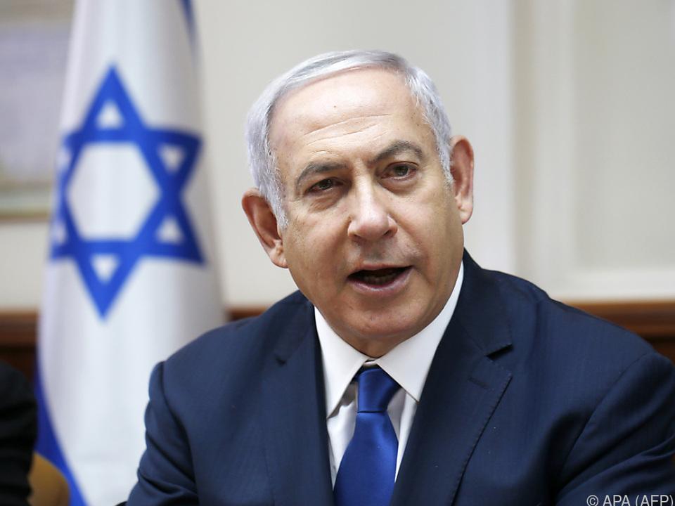 Annahme von umstrittenem Gesetz für Netanyahu ein \