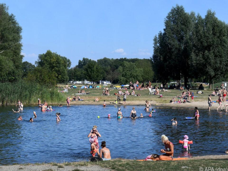 Aus manchen Ländern werden Rekordtemperaturen gemessen hitze sommer