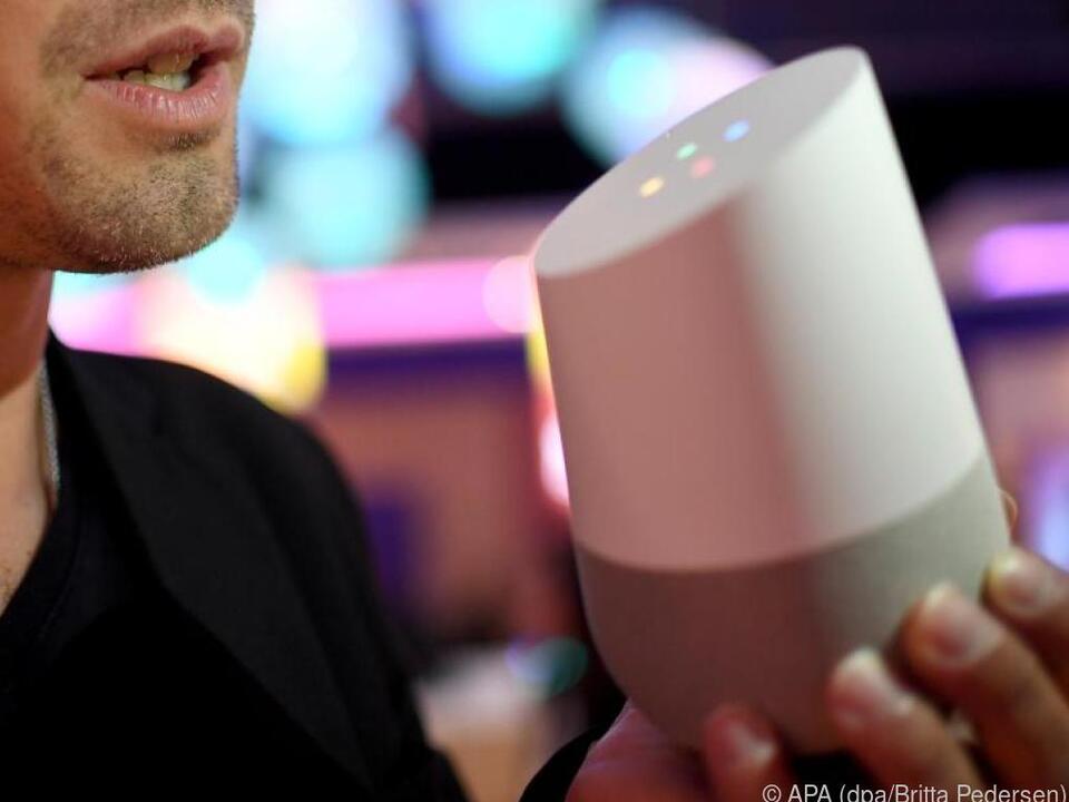 Bei den Sprachassistenten werden künftig Amazon und Google die Nase vorn haben