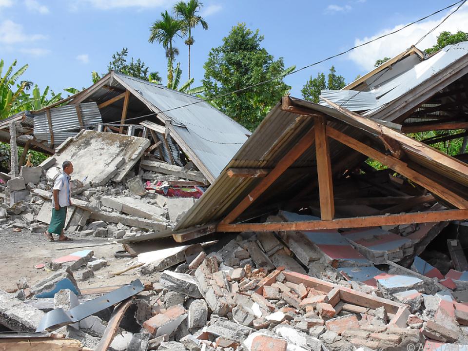 Das Beben der Stärke 6,4 hatte sich am Sonntag ereignet