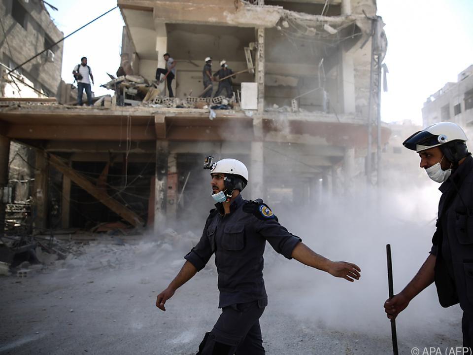 Einsatz der Weißhelme in Douma