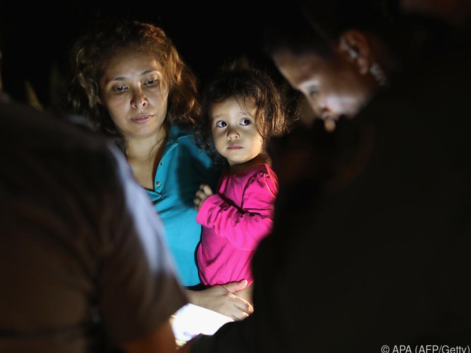 Fast 500 honduranische Kinder wurden von ihren Eltern getrennt