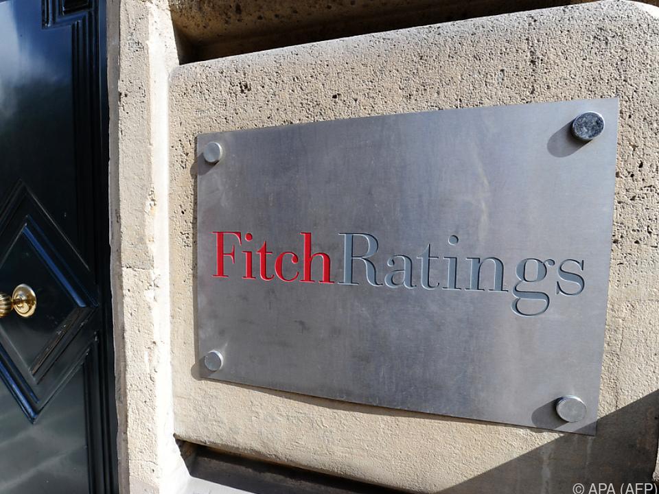 RATING: Fitch belässt Italiens Bonitätsnote - Herabstufung wird weiter angedroht
