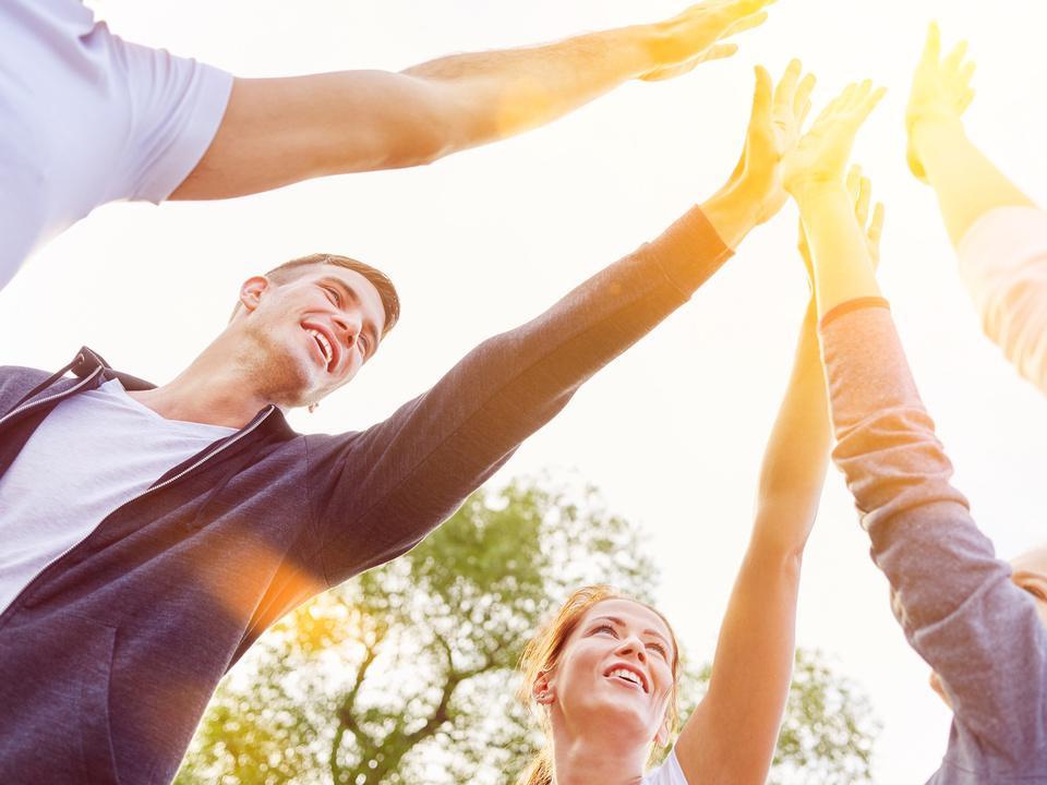 Hände Zusammenhalt Jugend