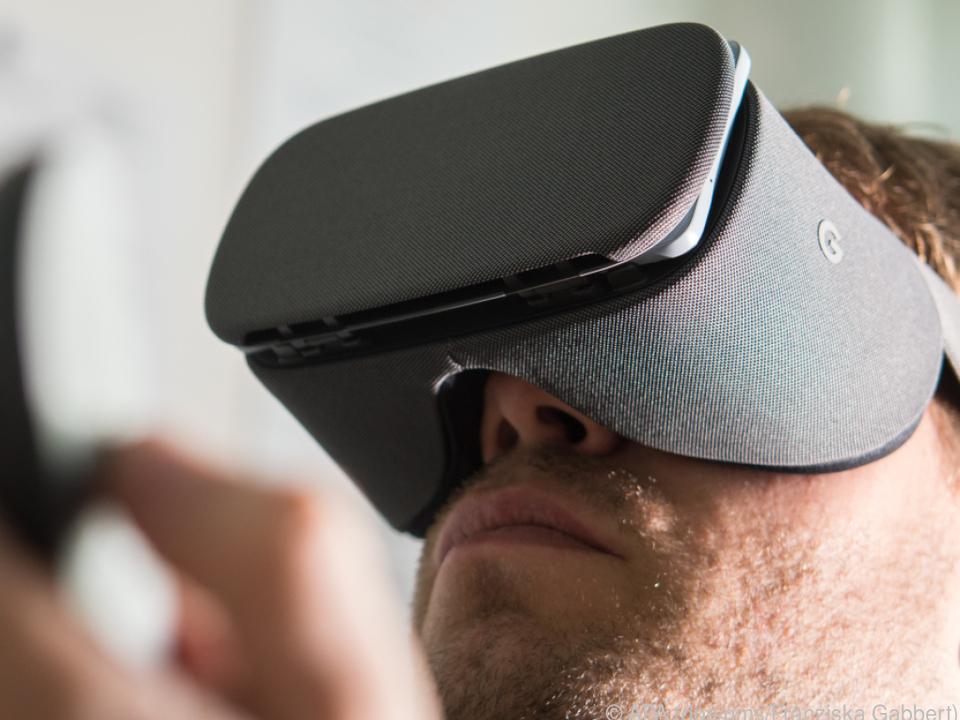 Die Daydream von Google ist eine bequemere Alternative zu Cardboard