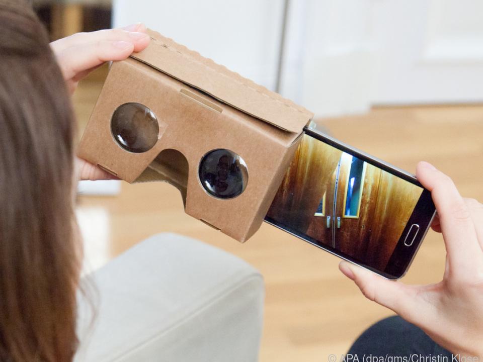 Google Cardboard ist die günstigste und unbequemste Art, VR zu erleben