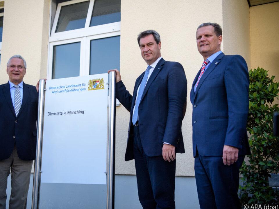 Gründung des Asyl-Landesamtes in Manching