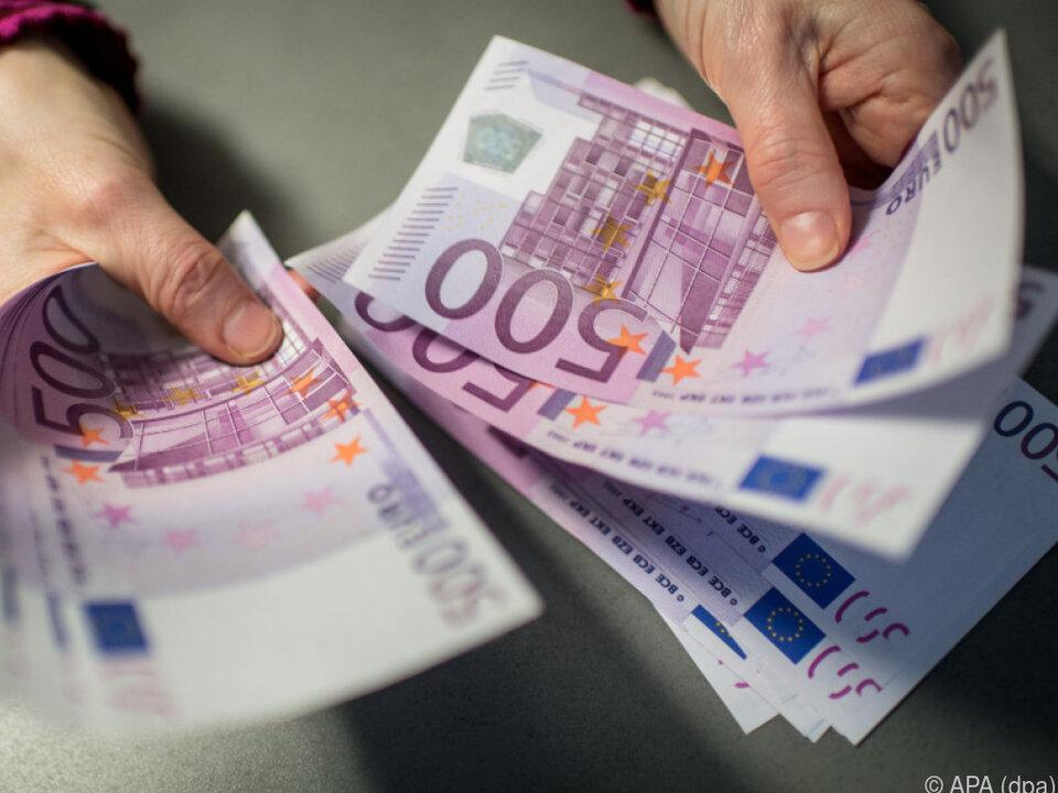 Heimische Löhne hinken dem OECD-Schnitt hinterher