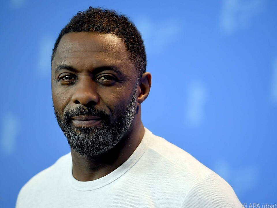 Idris Elba stiegt in den \