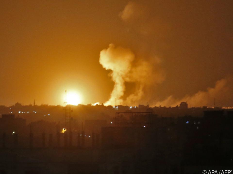 Israel flog massive Angriffe im Gazastreifen