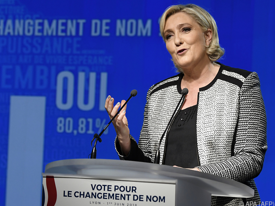 Le Pen bittet um finanzielle Unterstützung