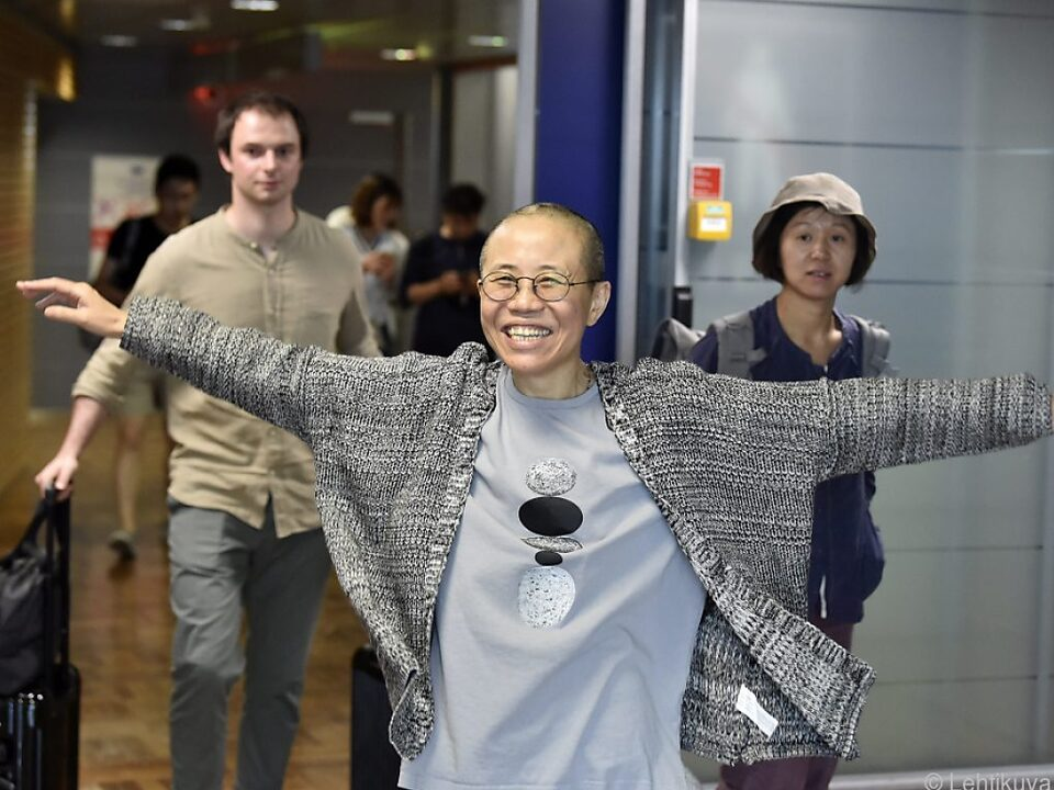 Liu Xia bei der Zwischenlandung in Helsinki