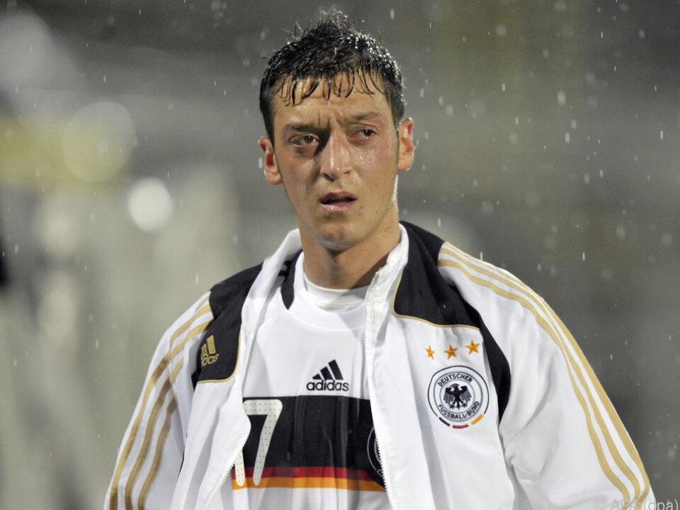 Mesut Özil schweigt weiterhin