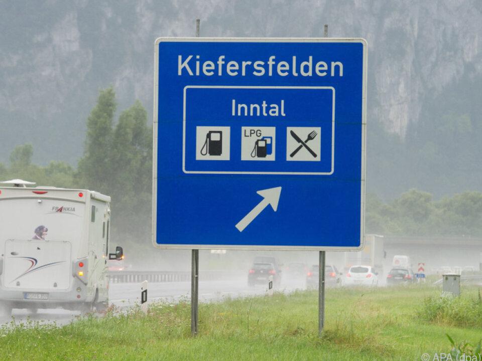 Österreich kontrolliert an der Grenze