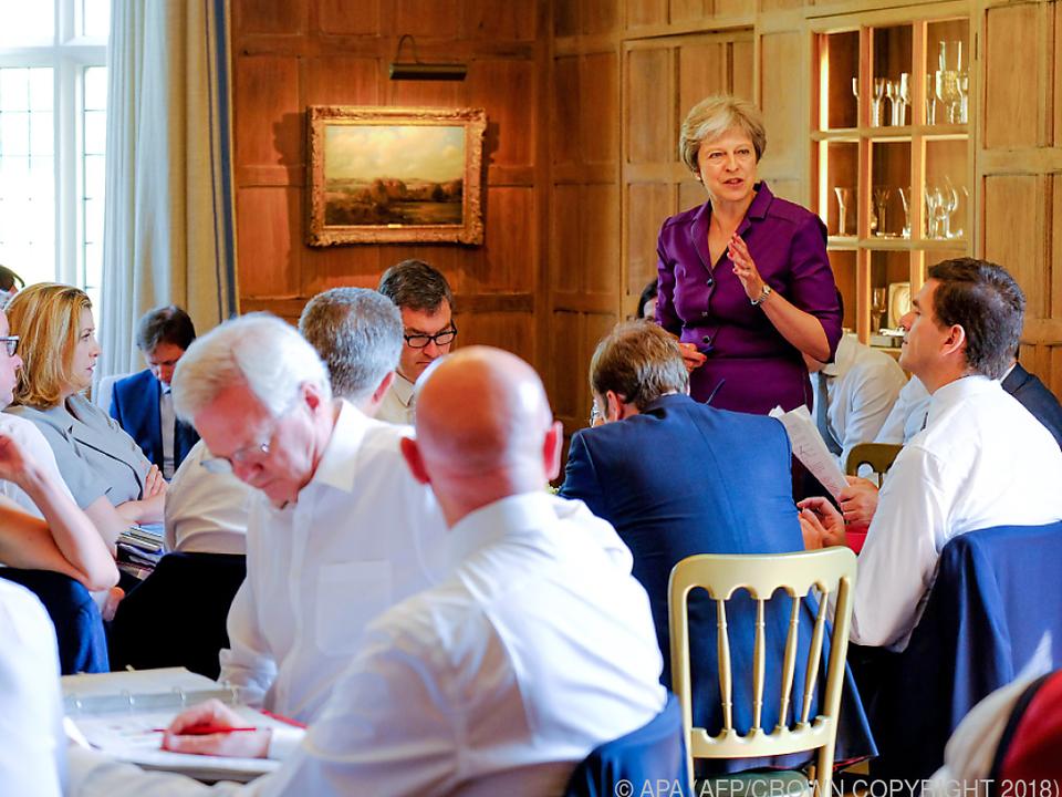 Premierministerin May konnte ihr Kabinett einen