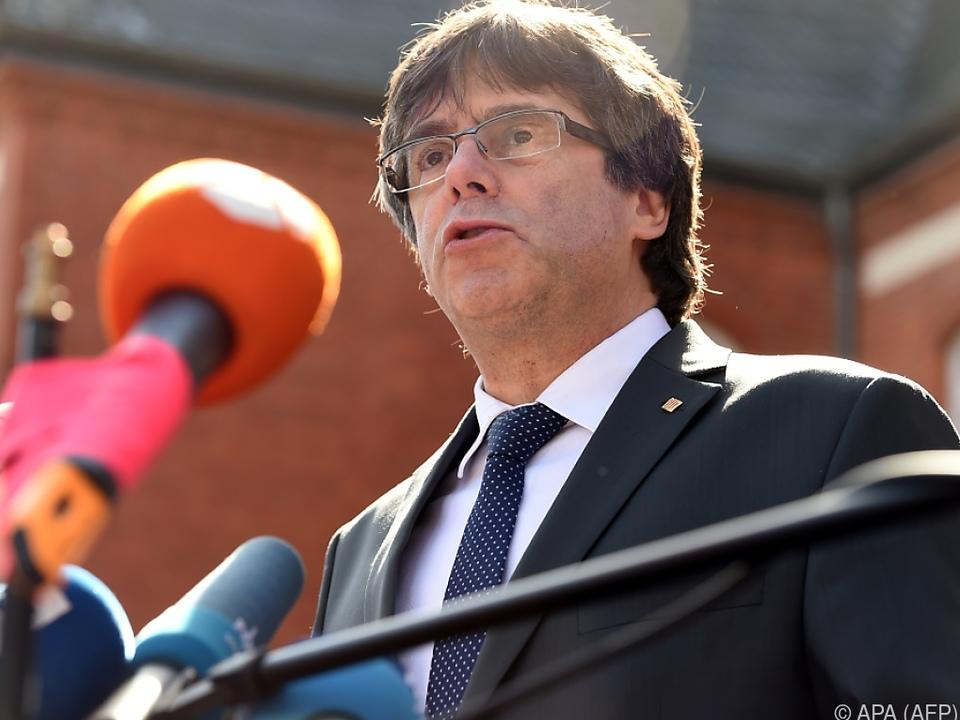 Puigdemont bleibt zunächst auf freiem Fuß
