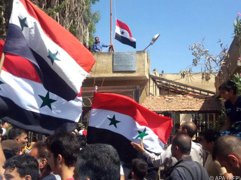Rebellen gaben die symbolisch wichtige Stadt Daraa auf