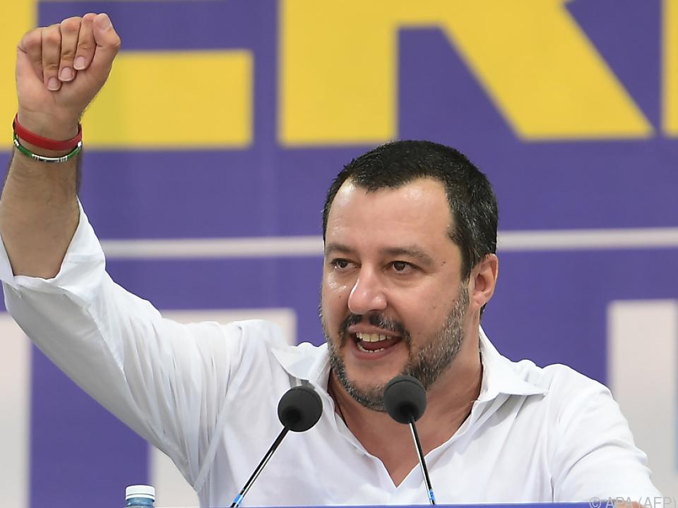 Salvini plädiert für Neuregelung der Flüchtlingsrettung im Mittelmeer