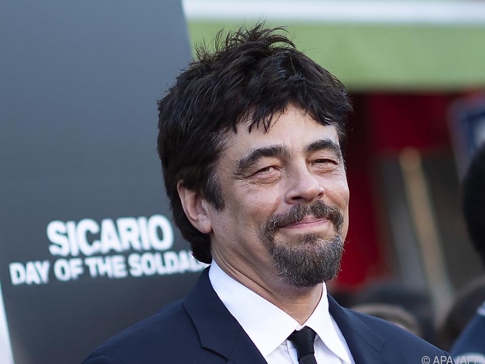 Schauspieler Benicio Del Toro unterstützt Schülerproteste gegen Waffen