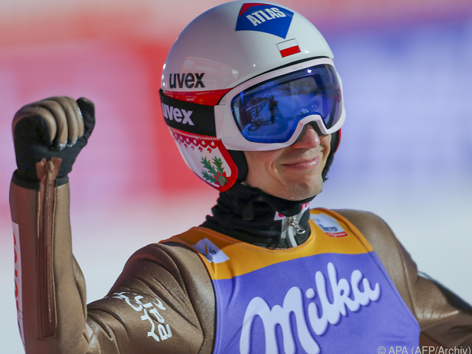Seriensieger Kamil Stoch siegt auch im Sommer