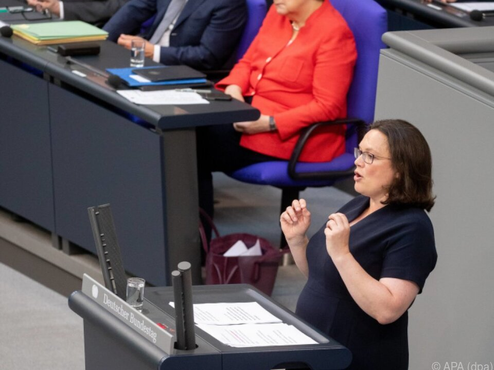 SPD-Chefin Nahles zieht rote Linie