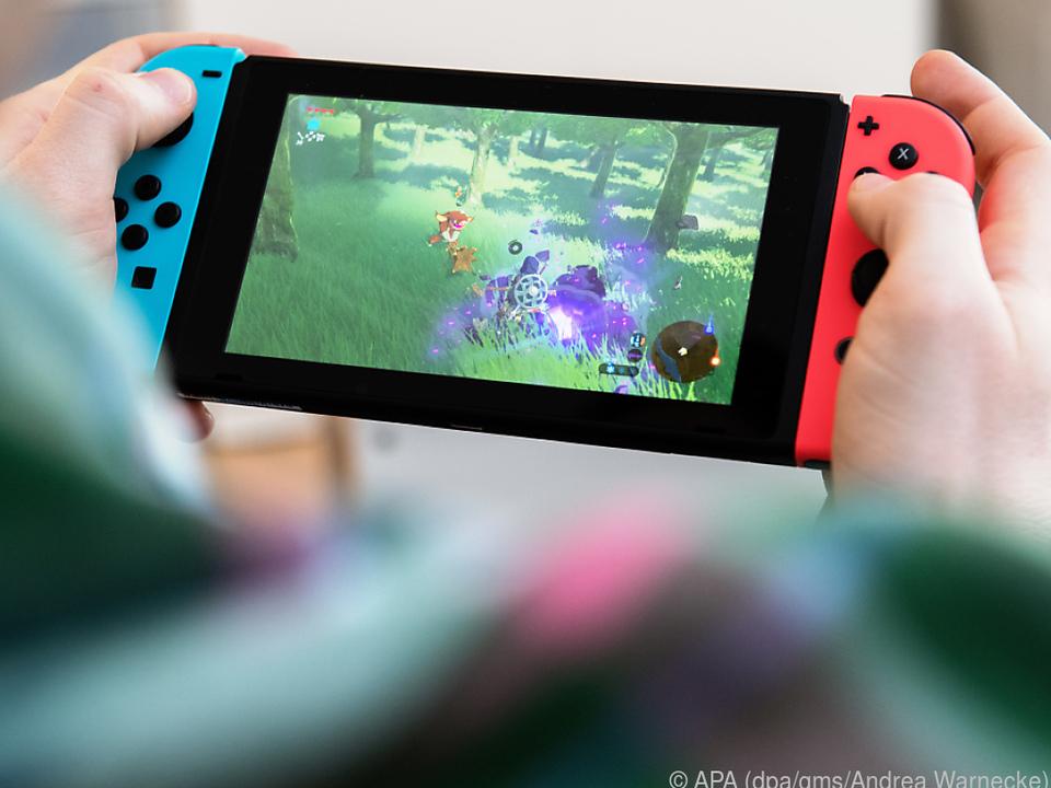 Nintendos Switch ist die vielseitigste. Man kann sie mobil und am TV nutzen