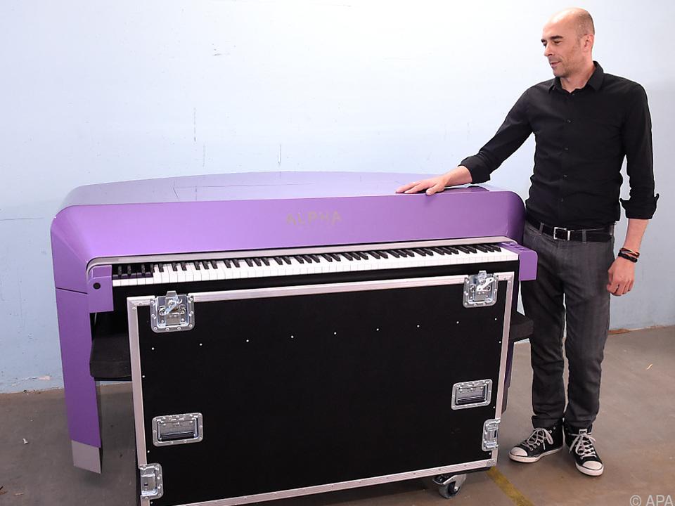 Statt 88 besitzt das Piano 97 Tasten