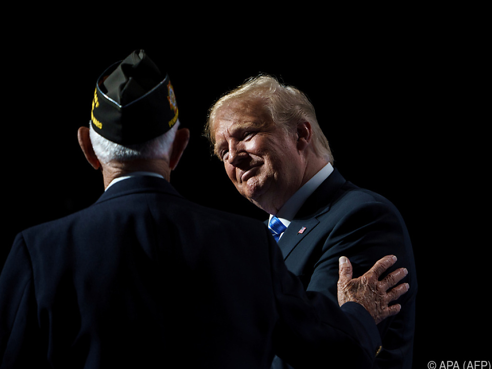 Trump bei einem Veteranentreffen in Kansas City