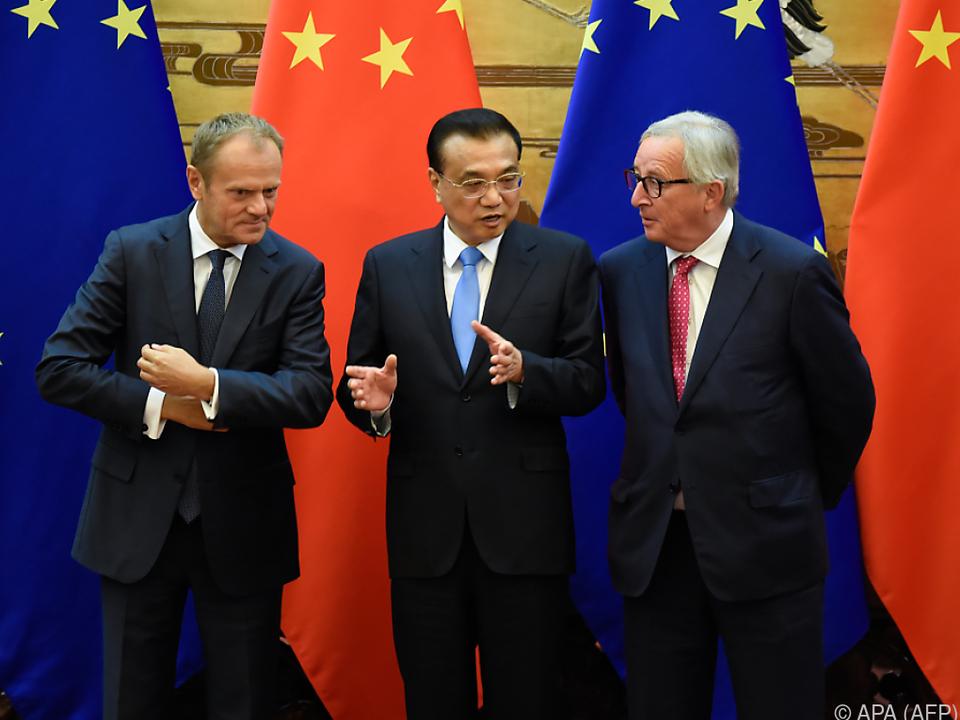 Tusk und Juncker sind derzeit auf Asien-Tour
