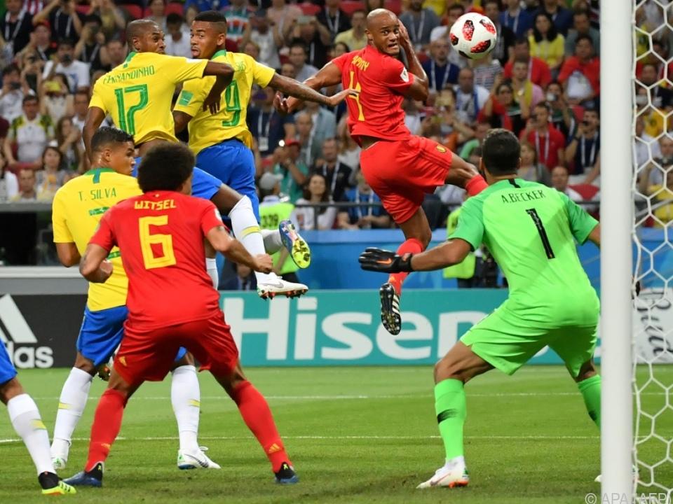 Unglücksvogel Fernandinho schoss ein Eigentor gegen Brasilien