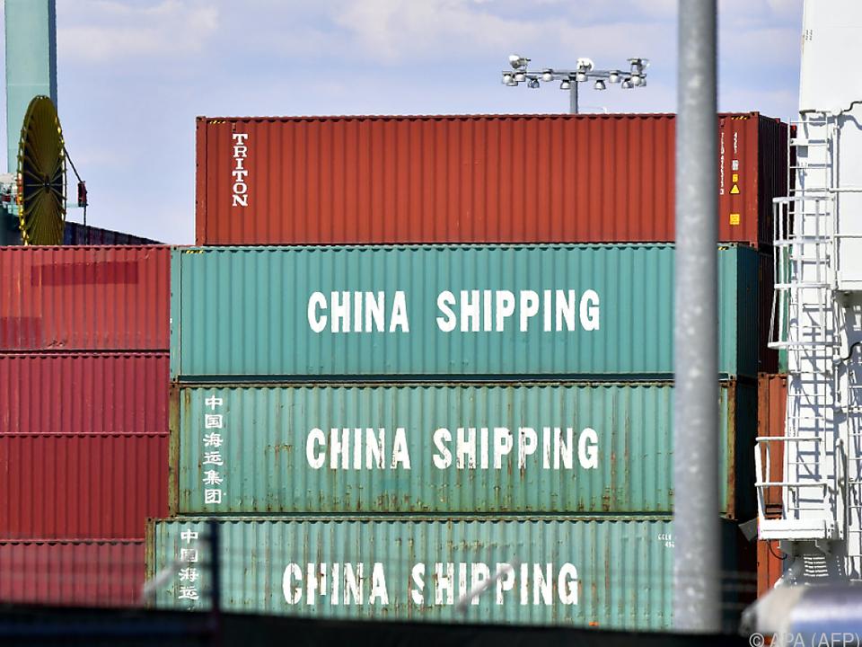 US-Einzelhandel deckt sich noch schnell mit Waren aus China ein