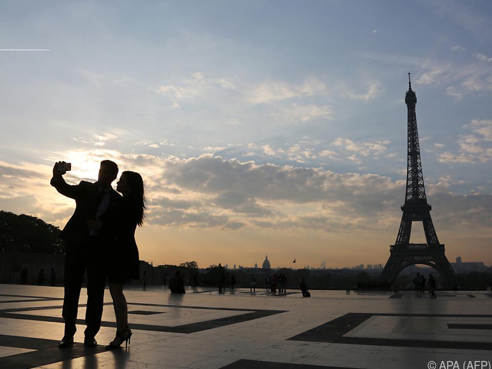 Vor allem im Urlaub werden gerne Fotos gemacht paris