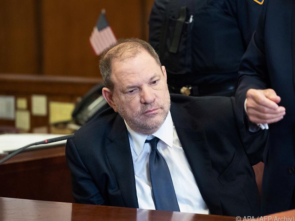 Weinstein muss wegen eines weiteren Akts vor Gericht