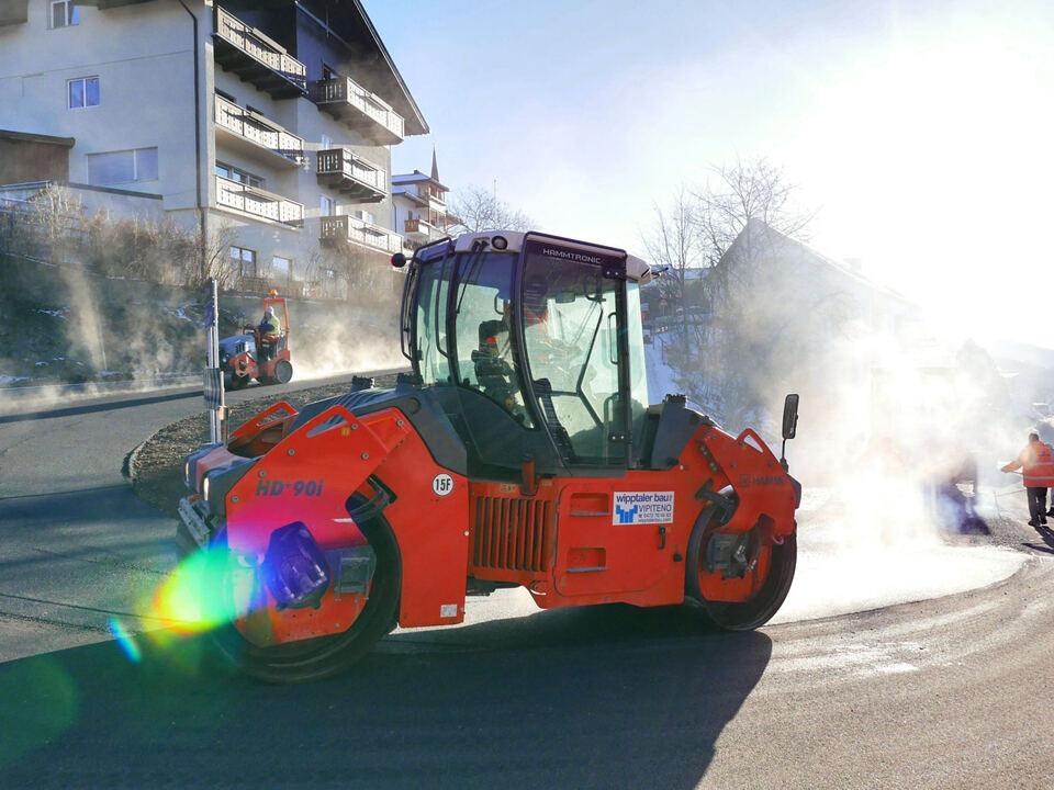 straße teer asphaltieren arbeit baustelle sym 1008412_AsphaltmaschineRC
