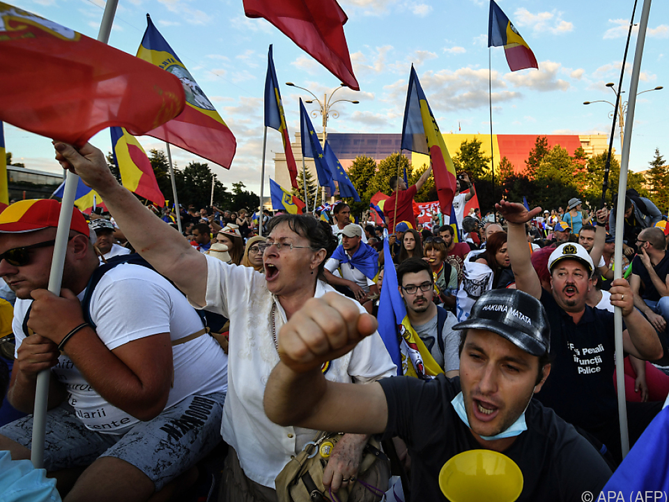 50.000 gingen in Bukarest wieder auf die Straße