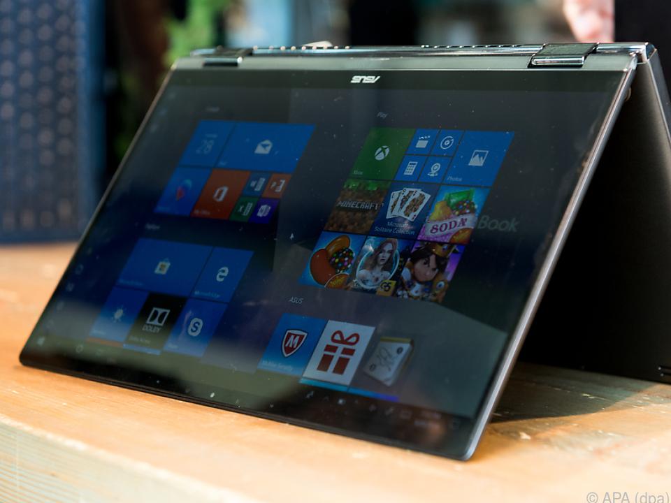 Die Zenbook-Flip-Geräte von Asus lassen sich um 360 Grad drehen