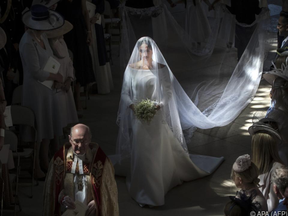Alle Augen waren auf das Hochzeitskleid gerichtet