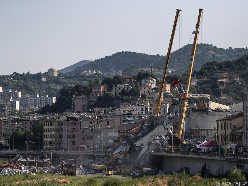 Bei dem Brückeneinsturz kamen 43 Menschen ums Leben