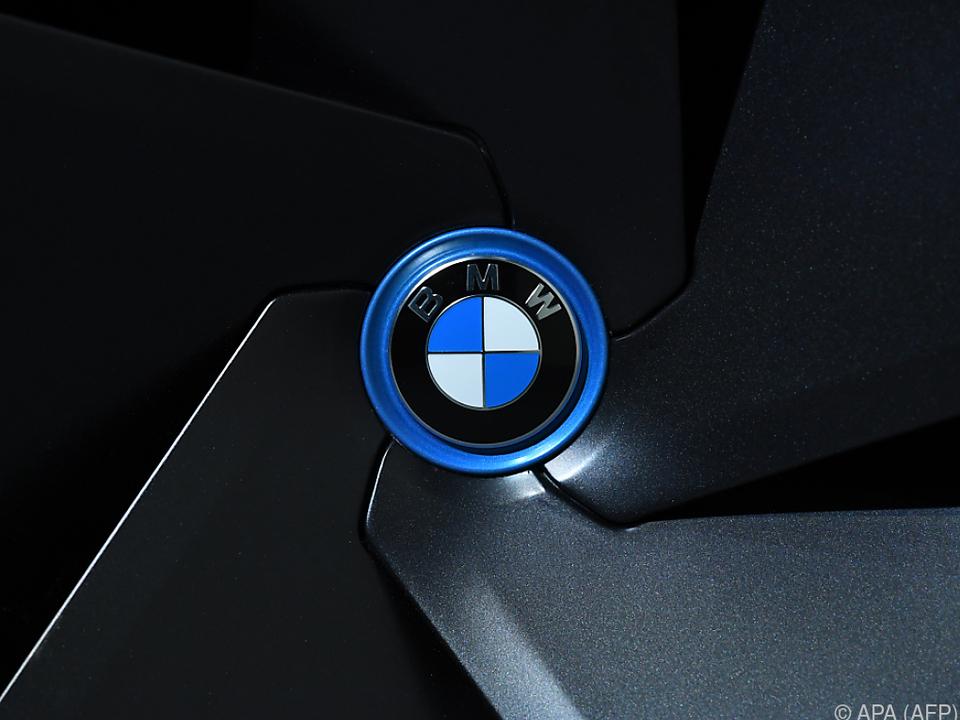 BMW-Besitzer monieren, Rückrufaktion sei zu spät gestartet worden